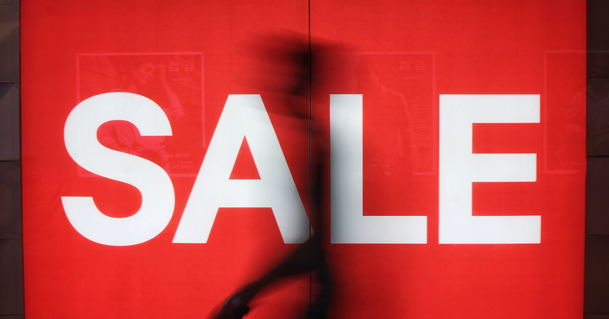 Zara proprietor sees online deals flood 95% in April
